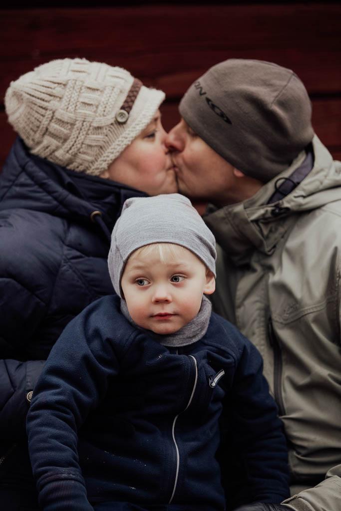 2018-12-15-FotografSusannAlmandin-Familjefotografering vid Sörmlandsgården_0390